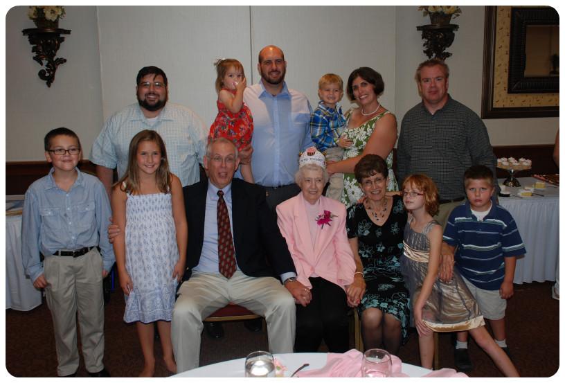 Grandma's Partyfam